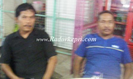 Tim korlap pemenangan Jonaha Purba, Hamdan (baju biru) dan Sianju baju hitam