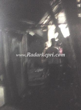 Aktifitas judi dadu guncang alias cingkoko di Batu 7 Tanjungpinang.
