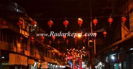 Lampu lampion di Jl Tambak yang tak menyala.