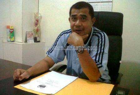 Muslim, kepala Dinsosnakertrans Lingga