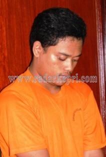 Inilah Muhamad Rizky yang menganiaya pacarnya karena cemburu.