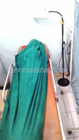 Jenazah Uus di kamar jenazah RSUD Tanjungpinang