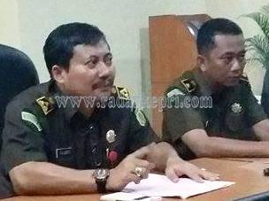 Yulianto SH MH, Aspidus Kejati Kepri dan Zainur Arifin Syah SH, Kasidik.