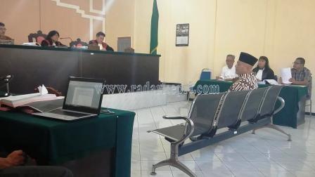 Drs Eddy Wijaya ketika memberikan keterangan untuk terdakwa Said Agil dan Nopianto Ropita di Pengadilan Tipikor, Rabu (15/07).