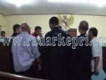 Sidang dugaan korupsi di Universitas Karimun dengan terdakwa Drs H Abdul Latif M Si di Pengadilan Tipikor pada PN Tanjungpinang, Jumat (20/11).