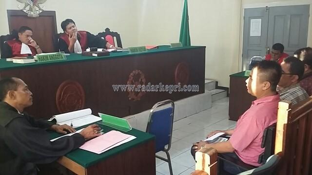 Yakbun alias Abun memberi keterangan di PN Tanjungpinang.