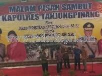 AKBP Kristian P Siagian dan Walikota Tanjungpinang, H Lis Darmansyah saat pisah sambut.