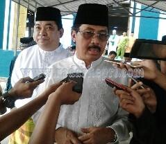 Nurdin Basirun, Gubernur Kepri yang akan menon-job-kan ratusan pejabatnya.